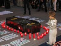 Córdoba Solidaria, de luto, enterró las políticas de cooperación y solidaridad