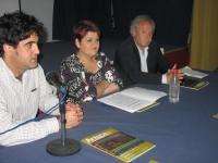 Representantes de Asociación de la Prensa de Córdoba y el Sindicato de Periodistas de Córdoba participantes de la mesa redonda